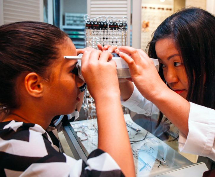 choosing the right frames for your glasses