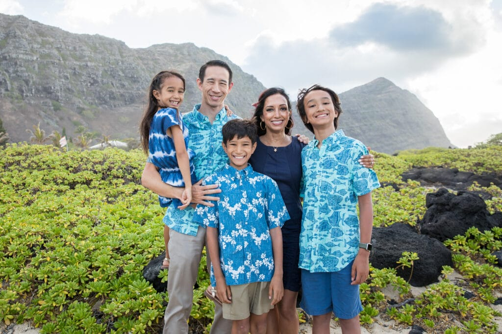 family of five on Hawaii beach